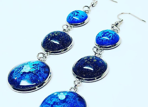 Blue black white round long resin earrings jewelry side