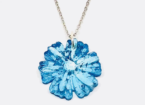Blue white flower floral resin necklace pendant jewelry front