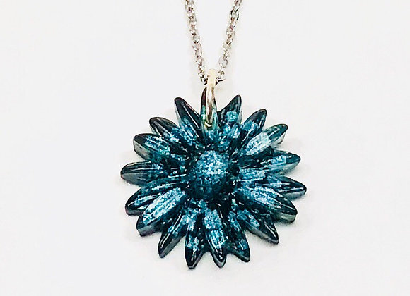 Blue black white gray flower resin necklace pendant jewelry front