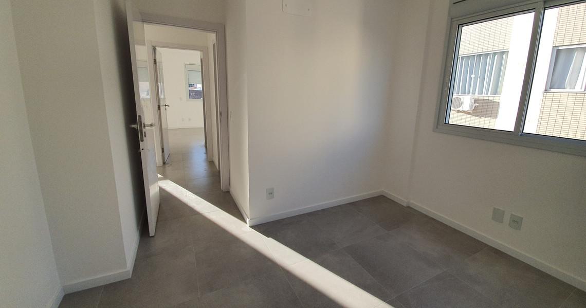 Sol que entra no apartamento