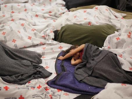 Menores no acompañados que vivieron en albergues y cuya reunificación tomó meses necesitarán terapia