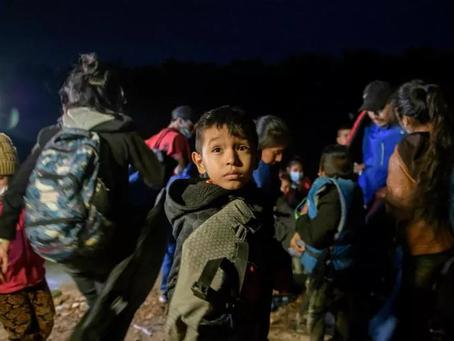 Los católicos estadounidenses chocan con la oleada fronteriza y la inmmigración