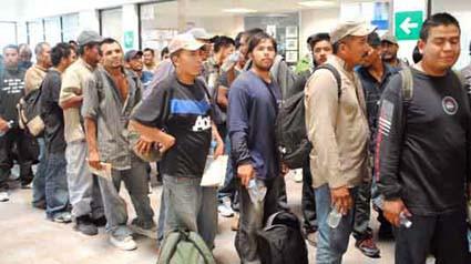 En 10 meses, 4 mil 428 hidalguenses repatriados de Estados Unidos