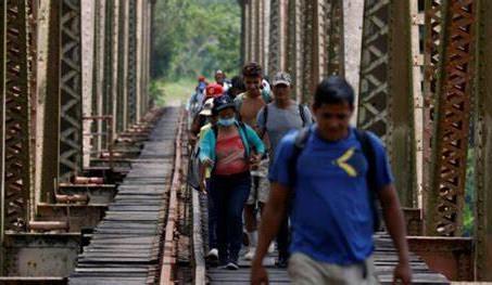 ' Muro' en la frontera sur de México pone a migrantes en la mira del crimen