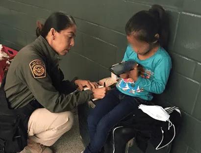 Guatemala de nuevo rompe récord de niños migrantes detenidos en la frontera sur de EUA