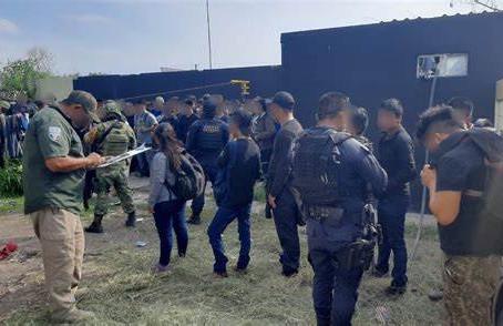 Liberan a 110 migrantes entre ellos siete niños en Tamaulipas