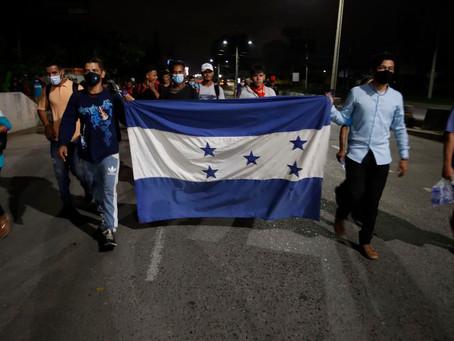 Inicia primera caravana de 2021 de migrantes hondureños hacia Estados Unidos