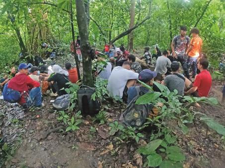 """""""No era necesaria la violencia"""", dice migrante venezolana tras perder un hijo en operativo del INM"""