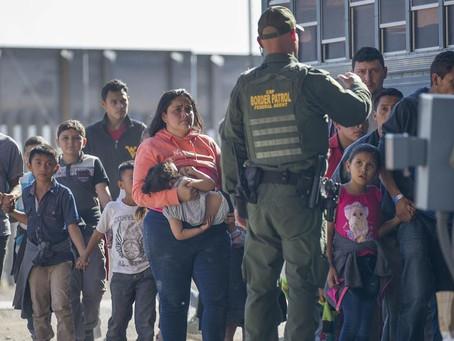 El gobierno de Biden se prepara para ofrecer vacunas a los migrantes a lo largo de la frontera