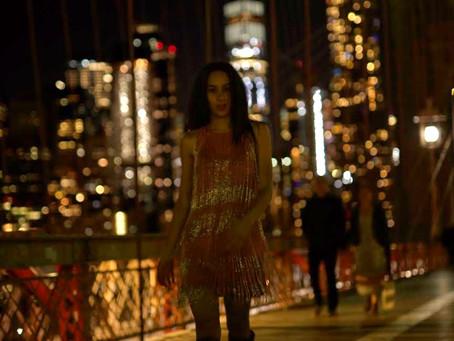 Glimmer & shine on the Brooklyn Bridge