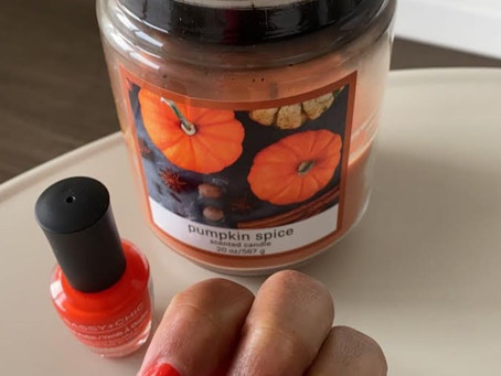 Pumpkin Nails for a Festive Fall Season