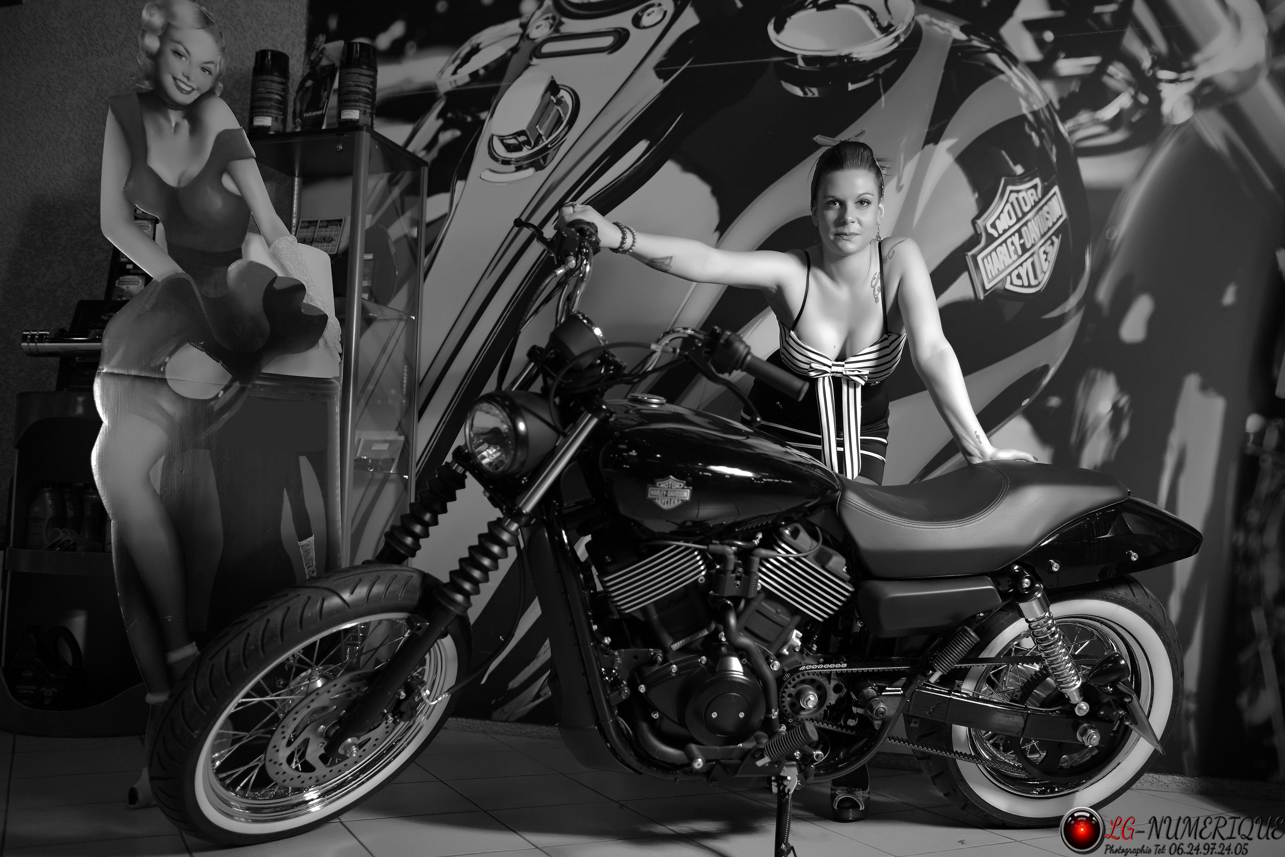 Pin-up Harley-Davidson Montpellier 6