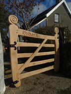 Bespoke Single gate