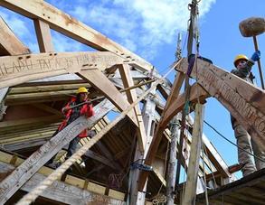 Timer Frame Oak structure at Felin Uchaf Centre