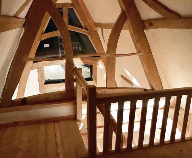 Cruck Barn - Oak Framing.