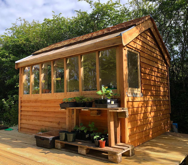 Garden Potting Shed/ Small Cabin