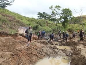 Detektor Emas Berubah Kehidupan Penggunannya Di Papua