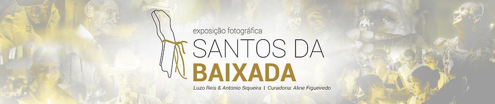 Cabeçalho da página, em um fundo com imagens do projeto aparece a logomarca da exposição Santos da Baixada e também os botõs com links para as mídias sociais