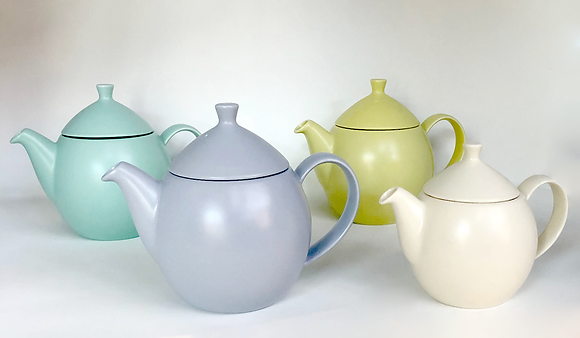 dew teapot with diffuser basket