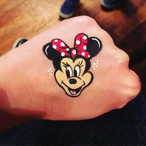 Minnie mouse hand painting