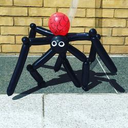Giant spider balloon model