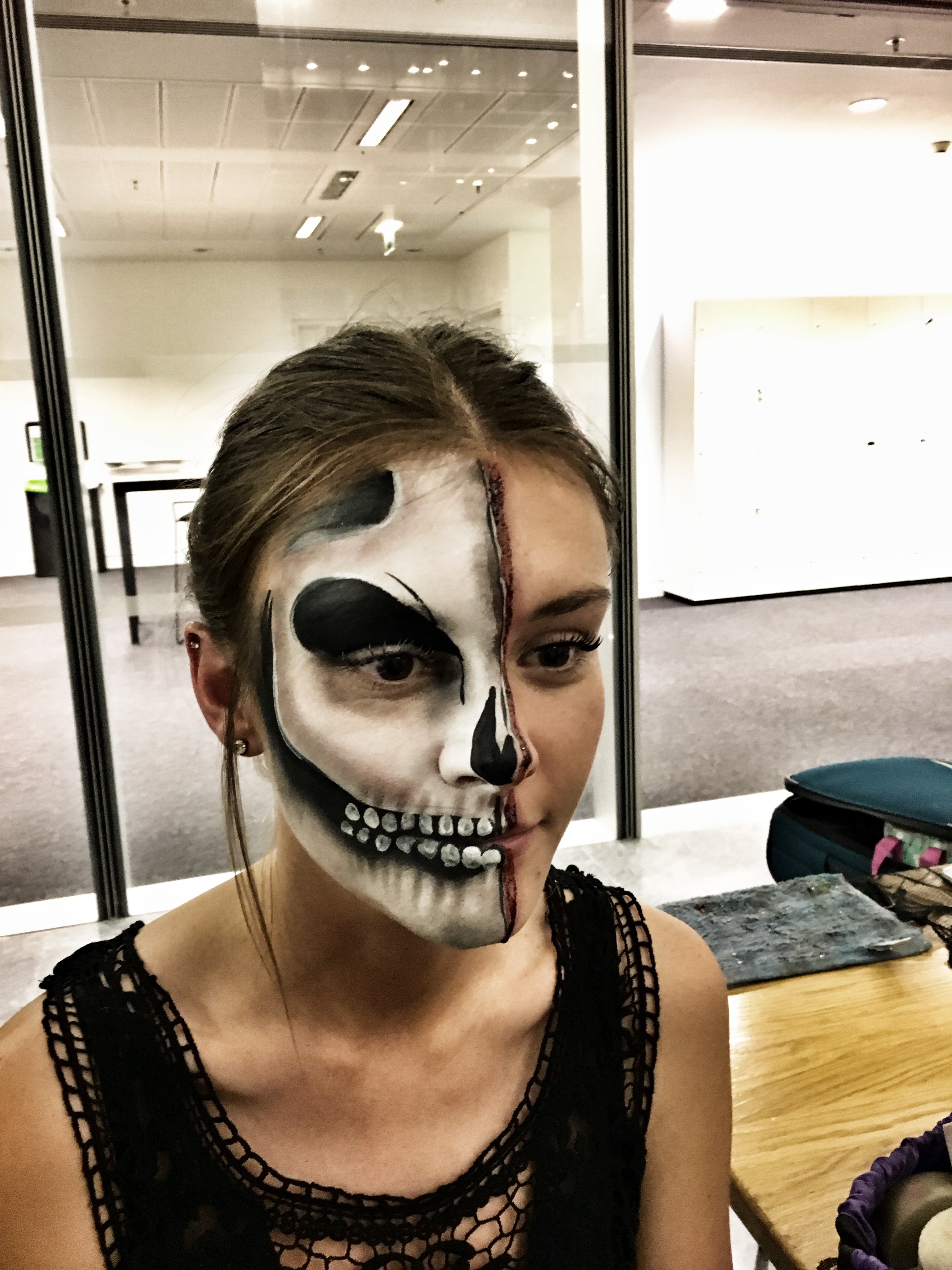 Creepy half skull make up