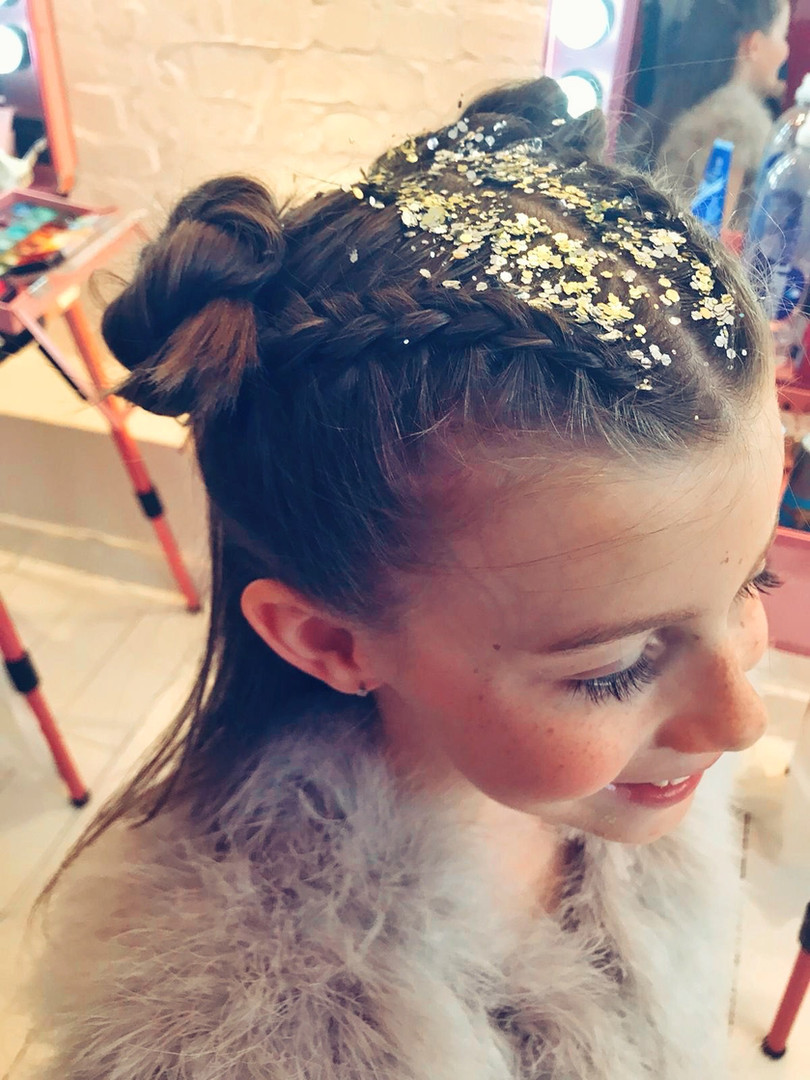 Glitter parting and space buns