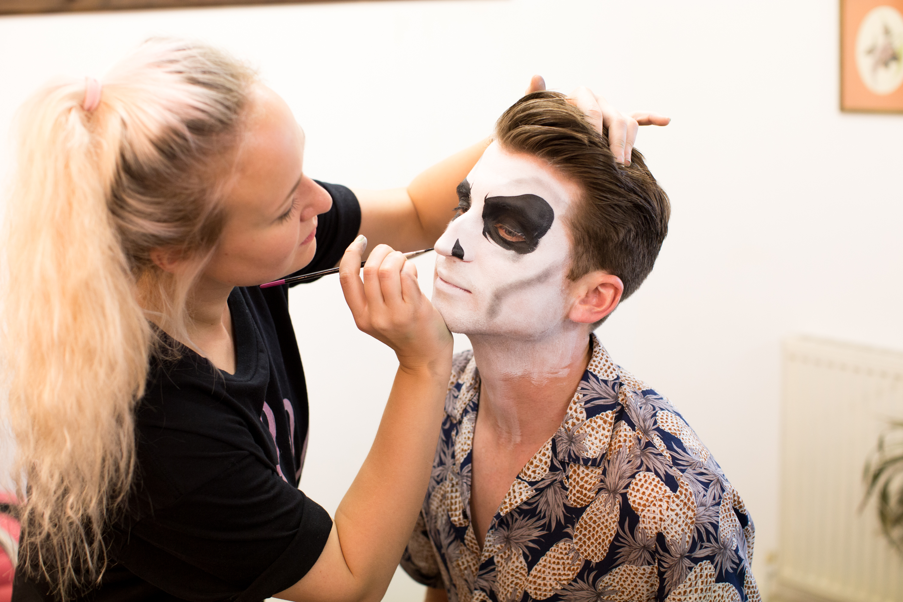 Comic con Skull face paint