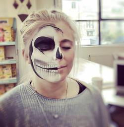 Skull make up