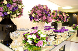 mesa do bolo lilas e roxo
