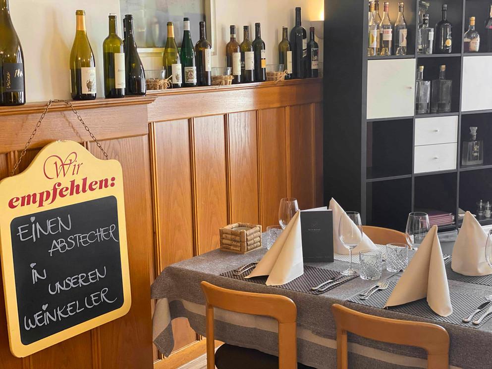 Restaurant-Frieden_Blum-Hauser_NIederhas