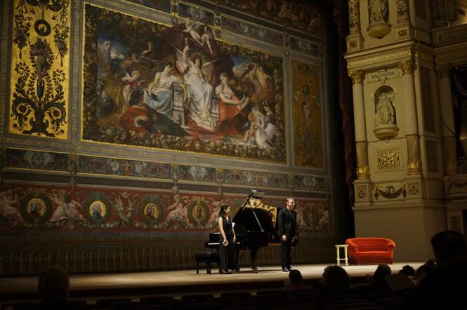 Semperoper Dresden 2019 mit Johannes Schwarz (Bariton) ©Jan Philip Schulze
