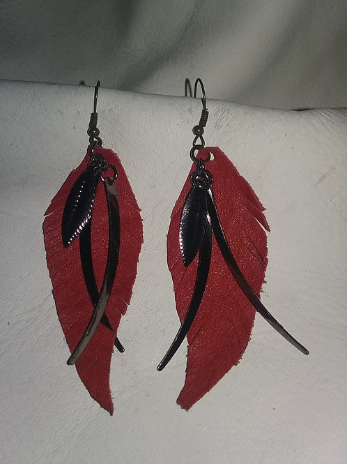 Leather earring #18