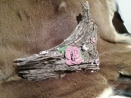 DRIFTWOOD with LEATHER ROSES