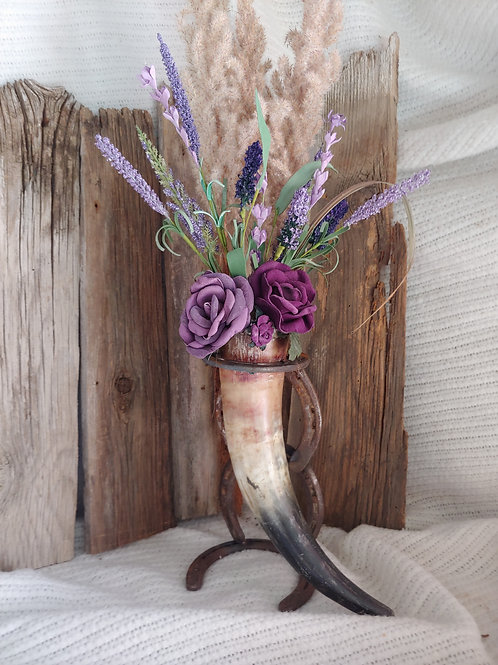 Purple horn