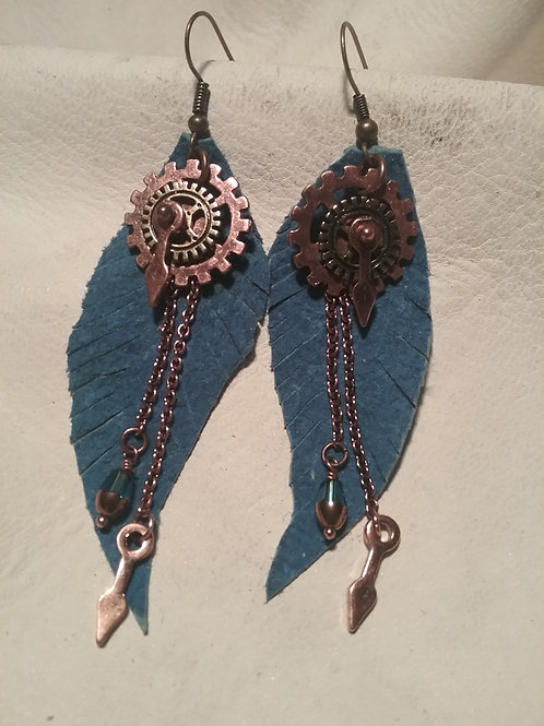 Leather earring #13