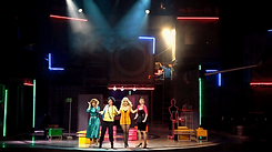 La obra de teatro Mentiras el musical con Kika Edgar, Paola Gómez, Dalilah Polanco y Lorena de la Garza, grabada por Orange Producers.