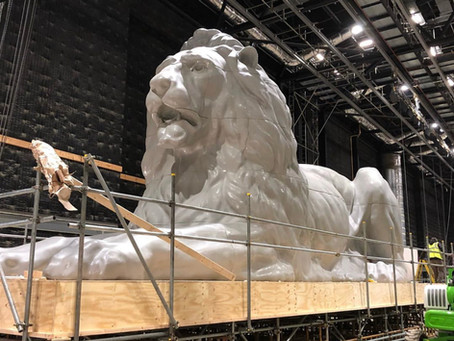 20' High x 50' Long Lion for Cats The Movie