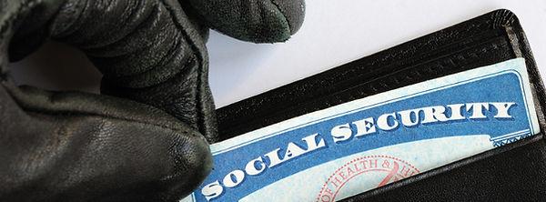 Identity Theft | Robo de indentidad y cargos por falisificacion | Immigrant Defenders Law Group