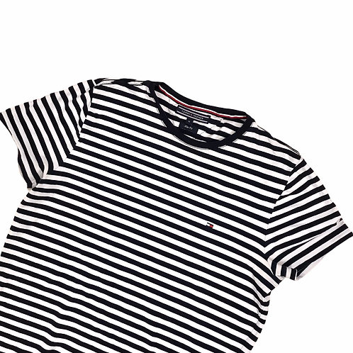 '90s Tommy Hilfiger t-shirt