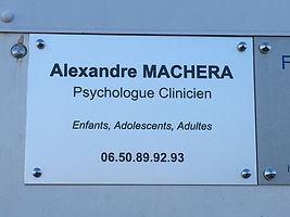 Plaque professionnelle avec ses coordonnées d'Alexandre Machera Psychologue Clinicien à Venelles