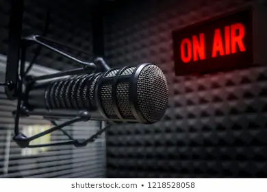 professional-microphone-radio-station-st