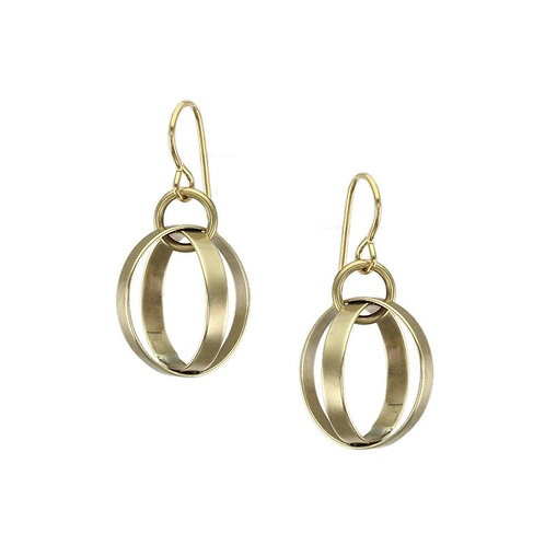 Earring: Brass Rings on Brass Link      1JE192