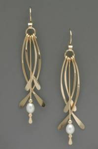 Earring - Long Curved, G. Filled w Wh. Pearl, Dangle    JI158