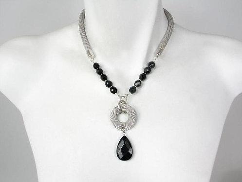 Necklace: Rhodium w Onyx Bead & drop JZ561