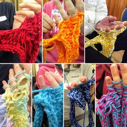 AGY 001 finger knitters