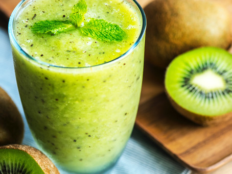 Why I Start Every Morning Off With A Blood Sugar Balancing Smoothie