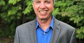 Humanitarian Alumni Award: Evan Robbins '87