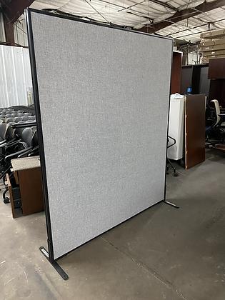Freestanding panel wall divider