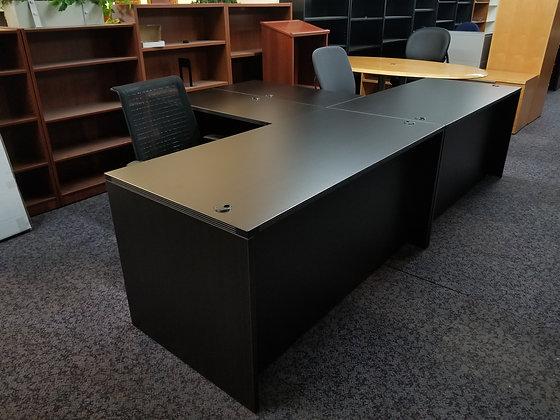 5' x 6' cherryman amber series single pedestal desk in dark espresso finish